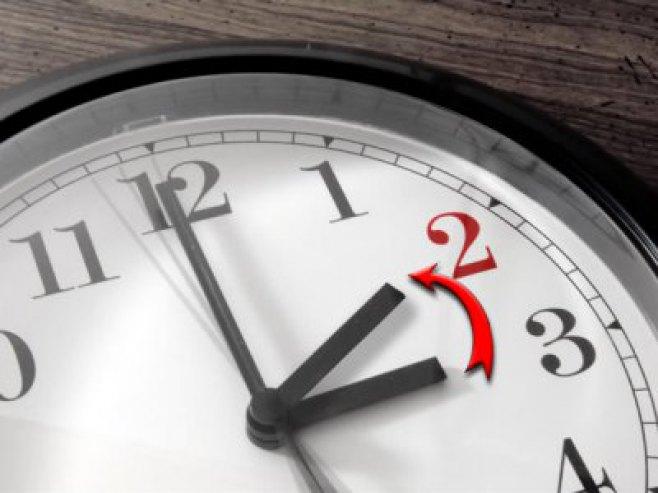 Pomjeranje sata - Foto: RTRS