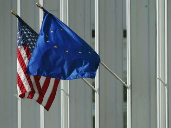 Zastave SAD i EU - Foto: Getty Images
