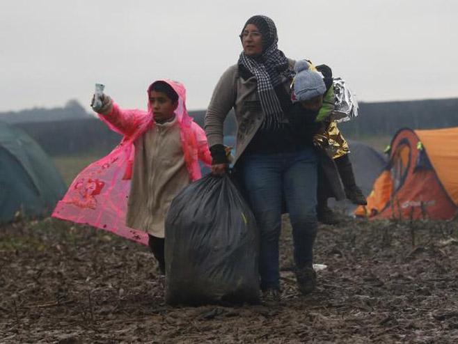 Migranti - Foto: AP