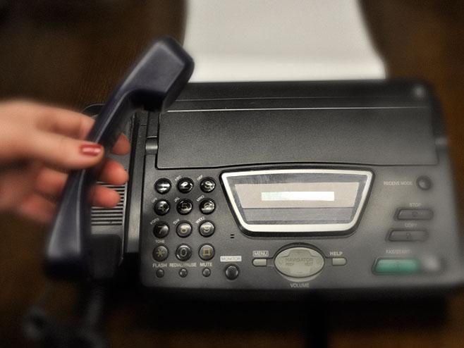 Telefonski poziv - Foto: RTRS
