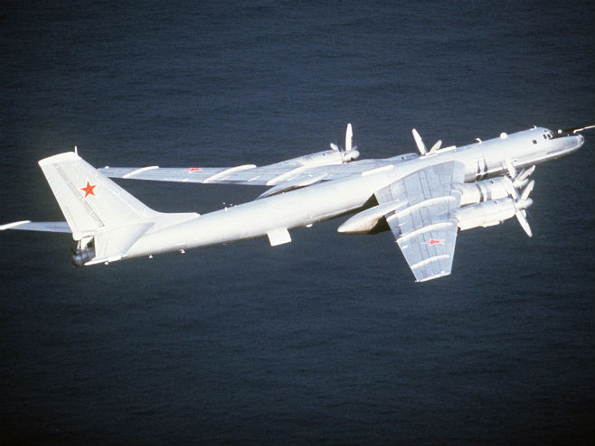 "Ruski protivbrodski avion ""TU-142"" (Foto: wikipedia.org) -"