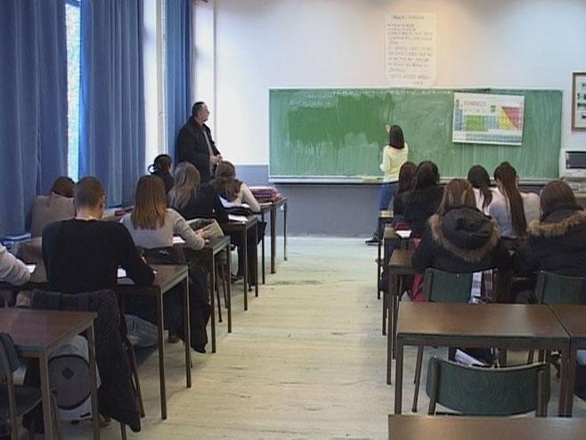 Škola, učenici - Foto: RTRS