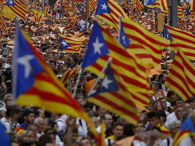 Pristalice otcjepljenja Katalonije - Foto: AP