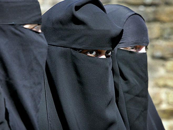 Žene džihadisti (Foto: REX) -
