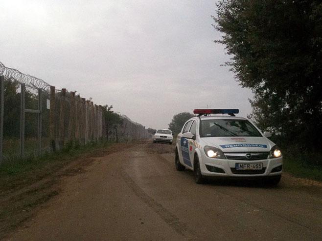 Granica Srbije i Mađarske - policija Mađarske (Foto: Sputnik/Ana Otašević) -