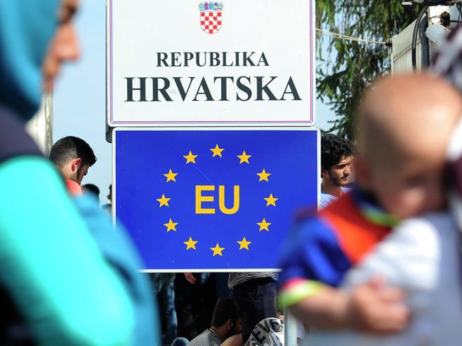 Hrvatska granica - Foto: TANJUG