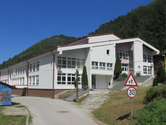 Prva osnovna škola u Srebrenici - Foto: SRNA