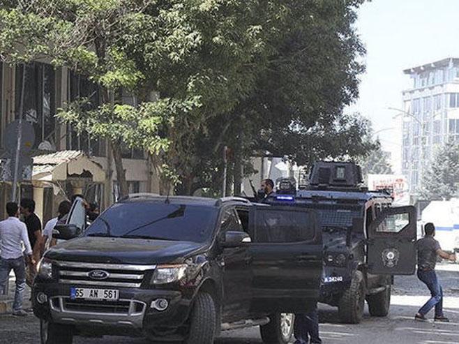Teroristički napad u Turskoj (foto: www.express.co.uk) -