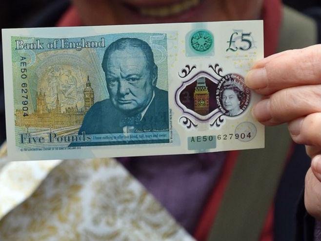 Nova britanska novčanica od pet funti (Foto: Joe Giddens/PA) -