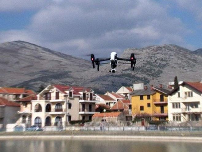 Upotreba dronova - Foto: RTRS