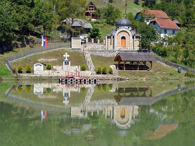 Stari Brod: Spomen kapela za šest hiljada ubijenih Srba (Foto: wikimedia) -