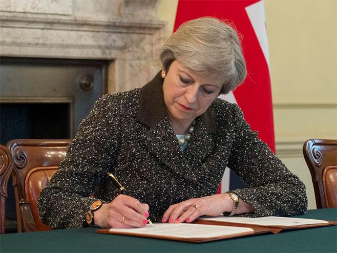 Britanska premijerka Tereza Mej (foto: twitter.com/Number10gov) -
