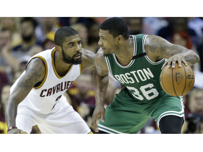 Klivlend - Boston (foto: AP / Tony Dejak) -