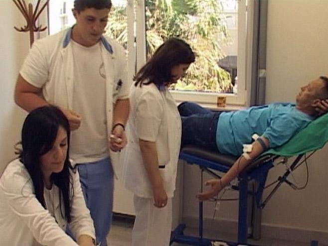 Trebinje - Davanje krvi - Foto: RTRS