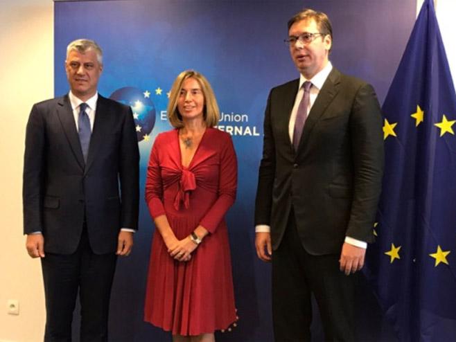 Hašim Tači, Federika Mogerini i Aleksandar Vučić (Arhiv) - Foto: RTS