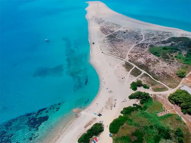 Grčka plaža - Foto: Screenshot/YouTube
