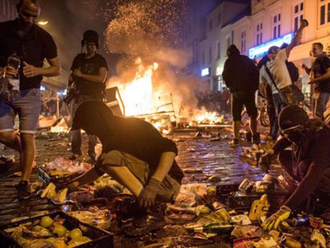 Hamburg - protesti (foto: smh.com.au/Thomas Lohnes -