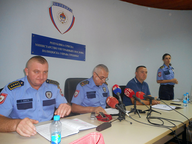 Načelnik Policijske uprave Trebinje Žarko Laketa na konferenciji za novinare - Foto: SRNA