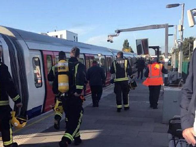 London - eksplozija (Foto: Twitter) -