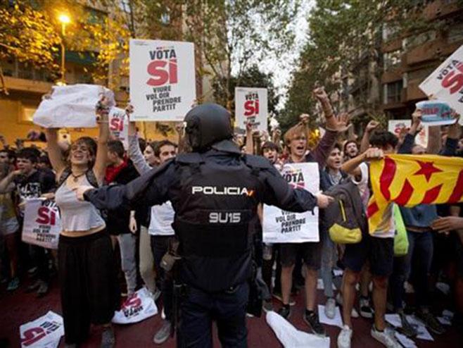 Katalonska policija - Foto: TANЈUG