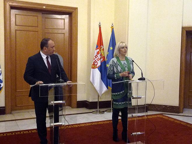Igor Crnadak i Јadranka Јoksimović - Foto: SRNA