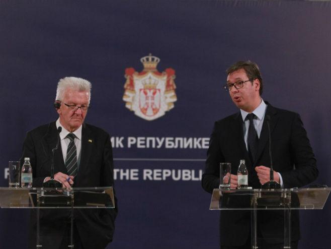 Krečman i Vučić - Foto: Beta