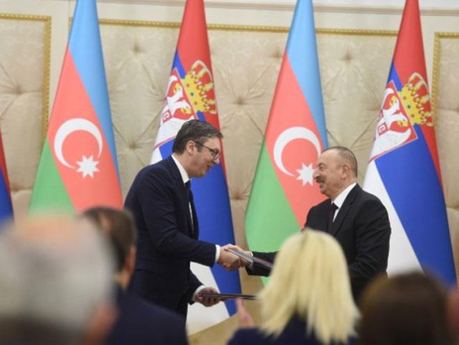 Aleksandar Vučić i Ilham Alijev - Foto: TANJUG, REUTERS, AFP, BETA