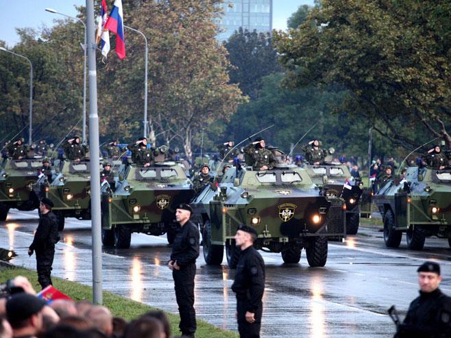 Srbija priprema grandioznu vojnu paradu - Pred