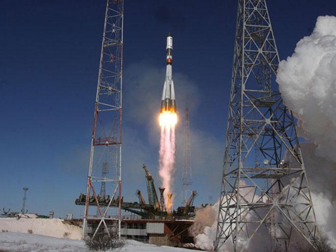 """Raketa """"Sojuz FG"""" (foto: rs.sputniknews.com) -"""