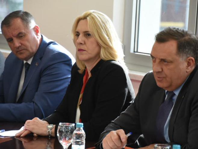 Dodik, Cvijanović i Višković - Foto: SRNA