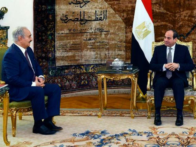 RAZGOVARALI O POSLJEDNJIM DEŠAVANJIMA U LIBIJI! Sisi se sastao sa Haftarom u Kairu