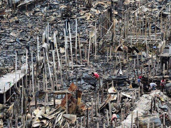 Požar u Daki - Foto: Twitter