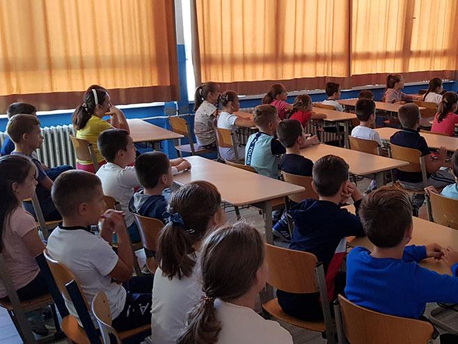Učenici - Foto: SRNA