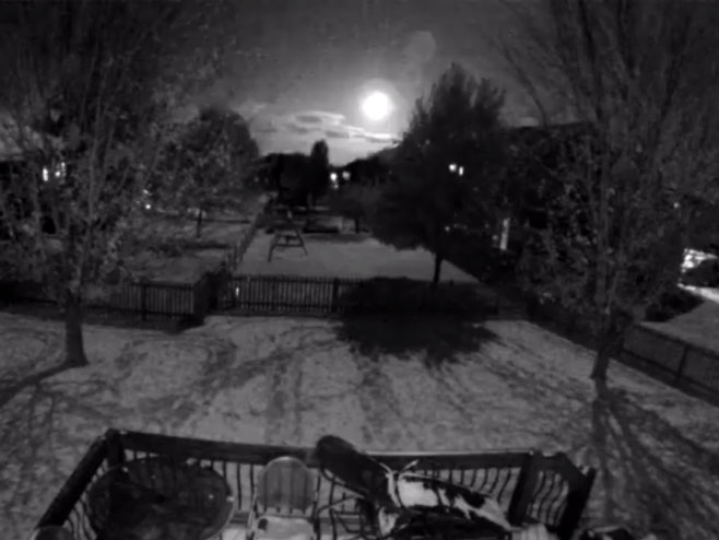Meteor iznad Sent Luisa (foto: twitter.com/colin1738) -
