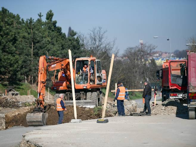 Radovi na kružnom toku kod Lesnine (foto:akta.ba) -