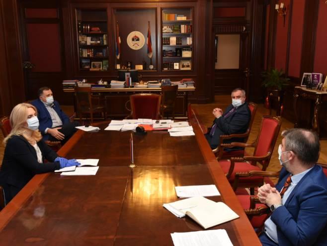 Sjednica Glavnog koordinacionog tima (foto:Vlada_Srpske) - Foto: Twitter