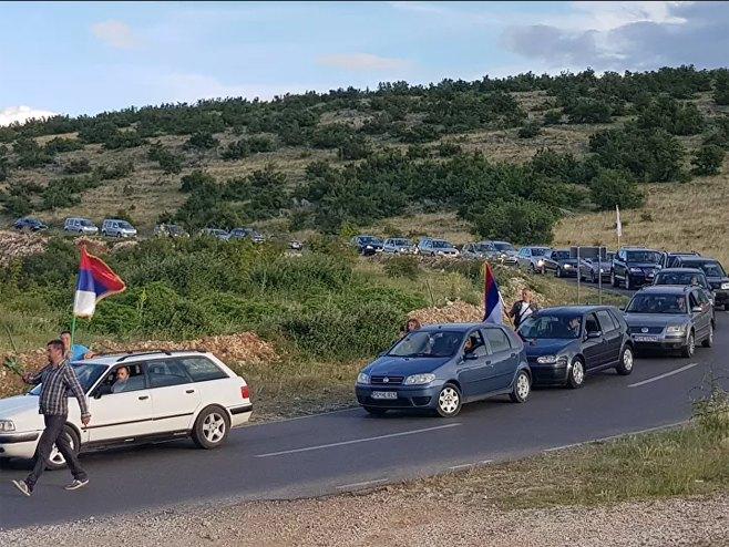 Beranci brane svetinje -Autolitija(foto:Sputnik / Nebojša Popović) -