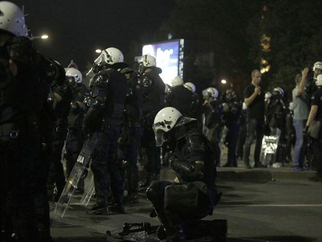Beograd - neredi (Foto:Nikola Anđić/Tanjug) -
