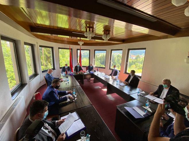 Sastanak u Palama - Foto: RTRS