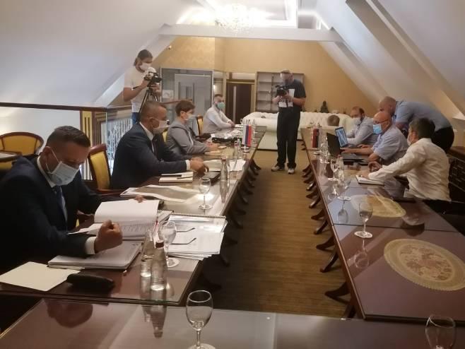 Predstavnici vlada Republike Srpske i Srbije - Foto: SRNA