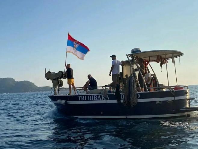 Budva: Litija na moru  (Foto:glas-javnosti.rs/) -