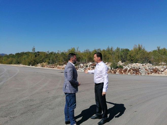 Trebinje - posjeta lokalitetu na kome je planirana izgradnja Slobodne zone - Foto: SRNA