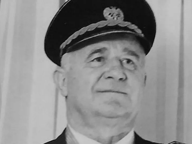 Dragoljub Ojdanić - crni bombarder portal
