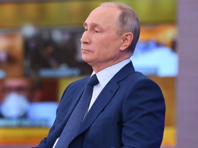 Vladimir Putin (@KremlinRussia_E) - Foto: Twitter