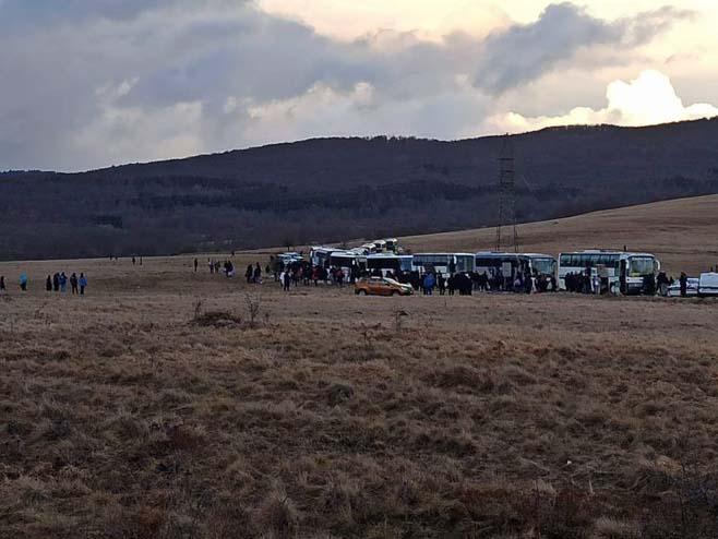 Migranti ostaju u Lipi (Foto: N1) -