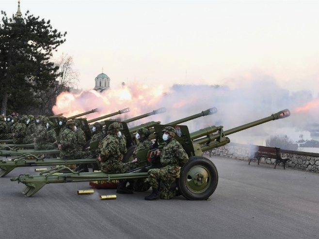 Počasna artiljerijska paljba povodom Dana državnosti Srbije (foto: mod.gov.rs) -