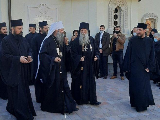 Patrijarh Porfirije u Manastiru Jasenovac - Foto: RTRS