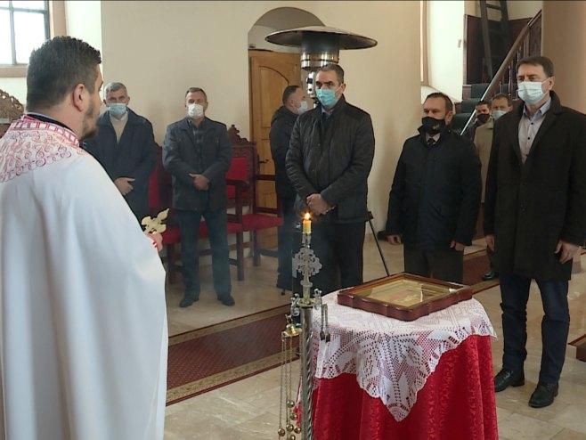 Služenje parastosa u crkvi Svetog proroka Ilije, Ilijaš - Foto: SRNA