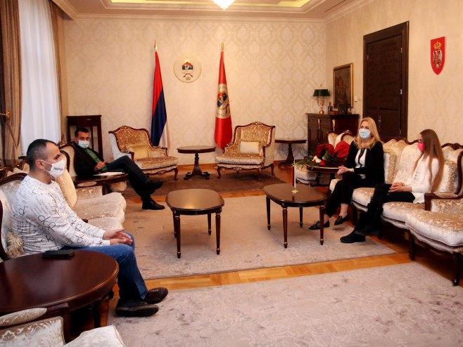 Željka Cvijanović i Tea Kovačević - Foto: SRNA