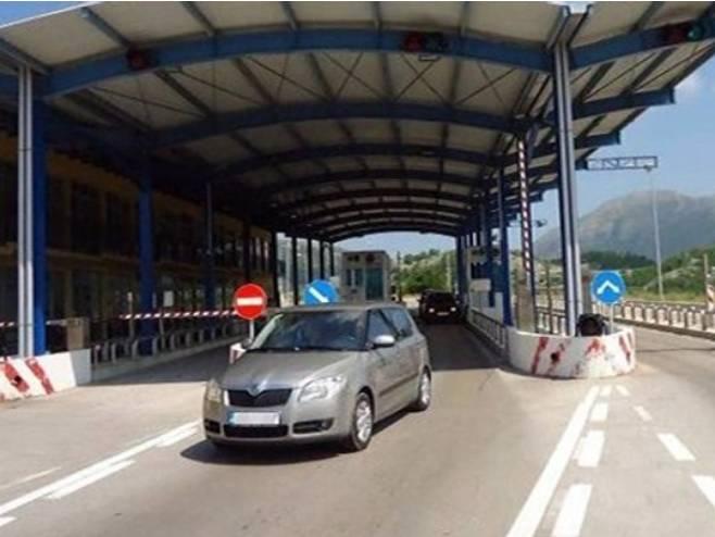 Granični prelaz između Trebinja i Herceg Novog - Foto: RTRS